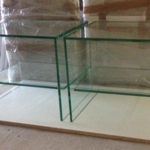 stolik ze szkła