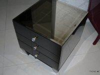 szafka nocna z szufladkami